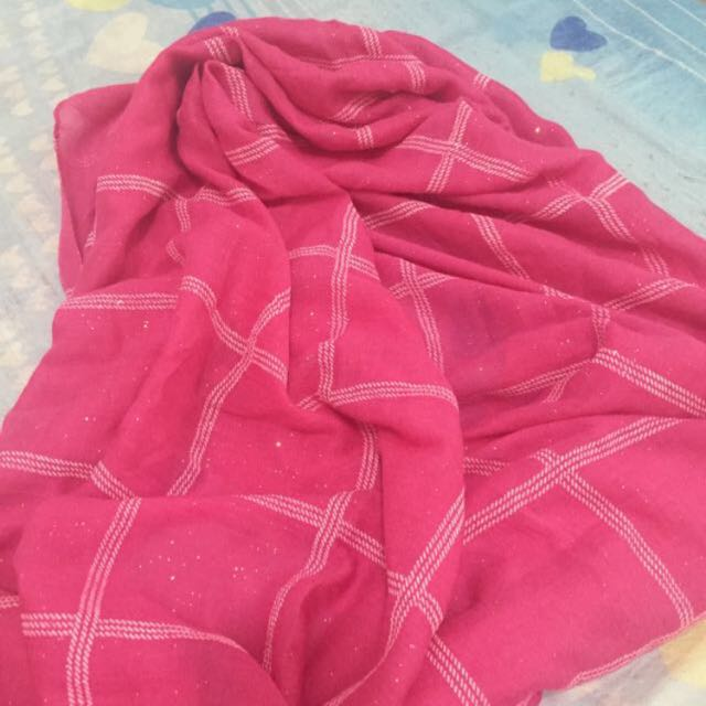 春秋粉色格子絲巾~~有亮粉