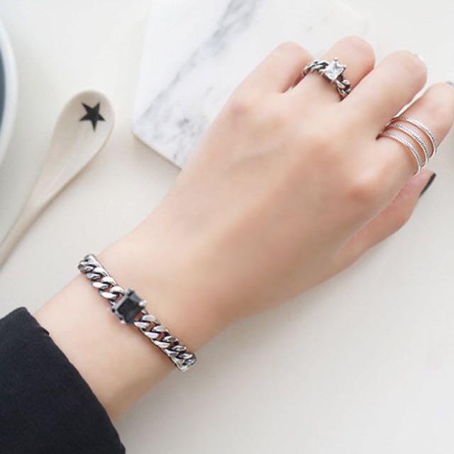 🆕全新  歐美簡約方形黑寶石金屬手環
