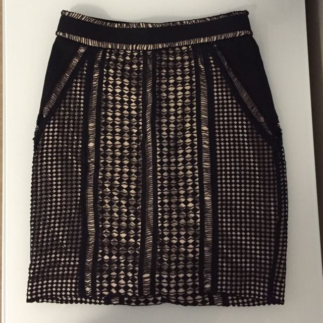 Bardot Lace Mini Skirt (size 6)