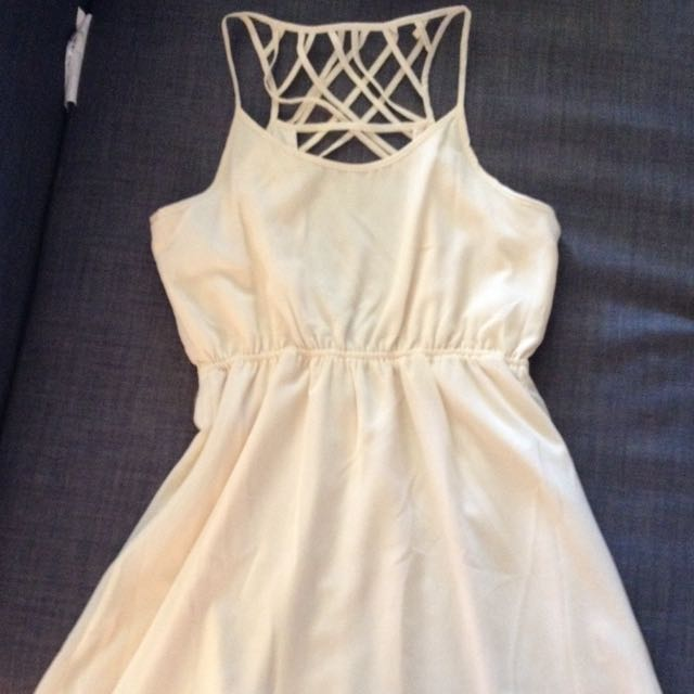 Beautiful Cream Dress - M