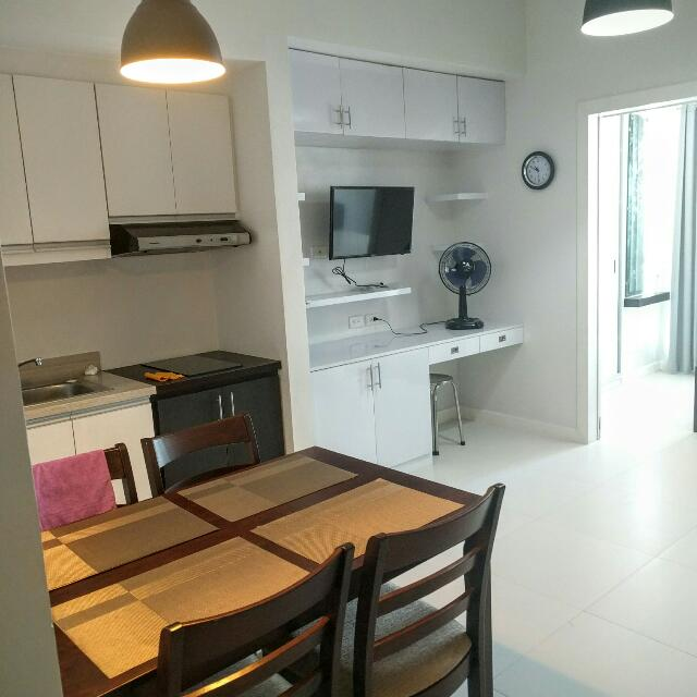 Condo unit For Rent In KL tower Makati