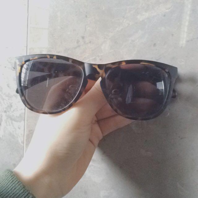 H&M Sunglasses With Leopard Print Detail
