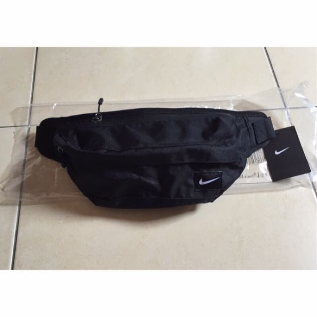Nike 黑色腰包 HOOK WAISTPPACK