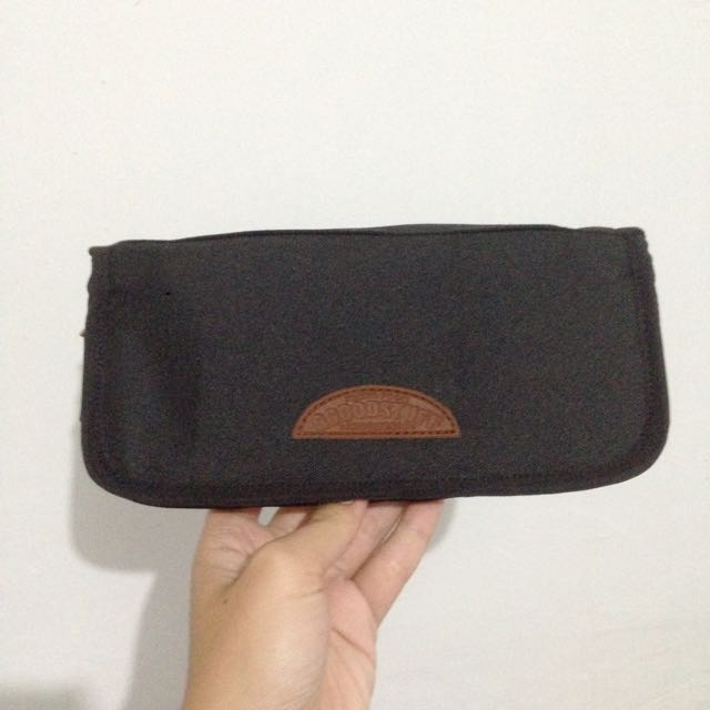 Passport Organizer Black GGOODSTUFF