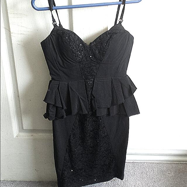 FURTHER PRICE DROP! Short Black Dress Size 8