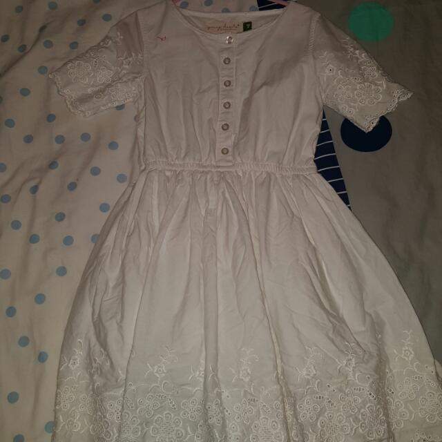 Size 7 Girls White Dress Vintage Looking