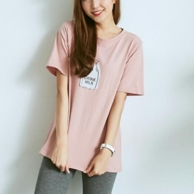 牛奶瓶粉色圓領T恤