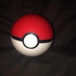 Pokéball Nintendo DS Game Holder