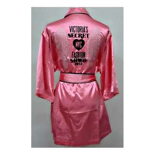 NEW VICTORIAS SECRET PINK PROMOTIONAL NYC FASHION SHOW 2012 ROBE SIZE 8/10/12