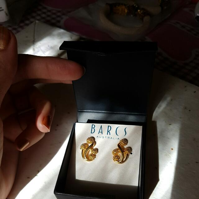 24carrot Plated Sovereign HILL Gold Earings