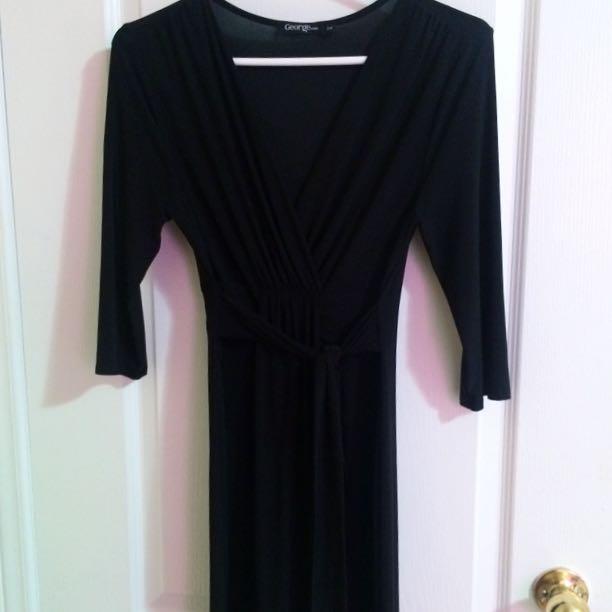 Black Low-V Midi Dress