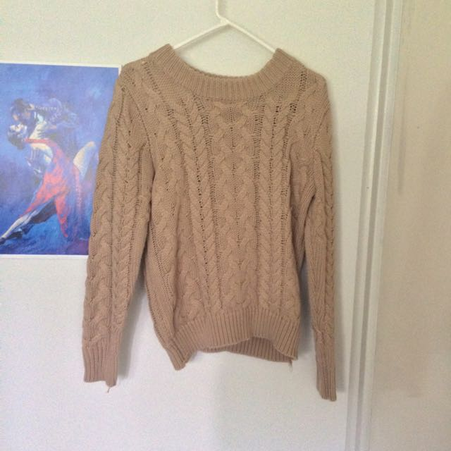 Cable Knit Sweater Size M