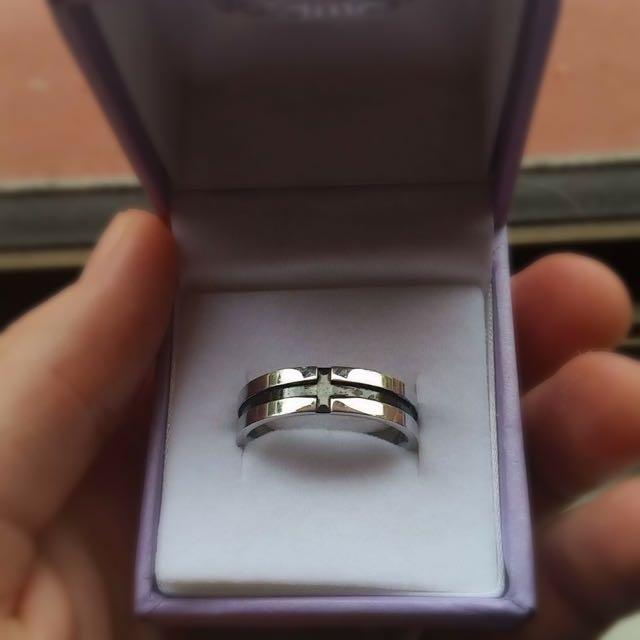 Classic, Simple Men's Ring