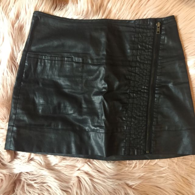 Country Road Leather Look Mini Skirt
