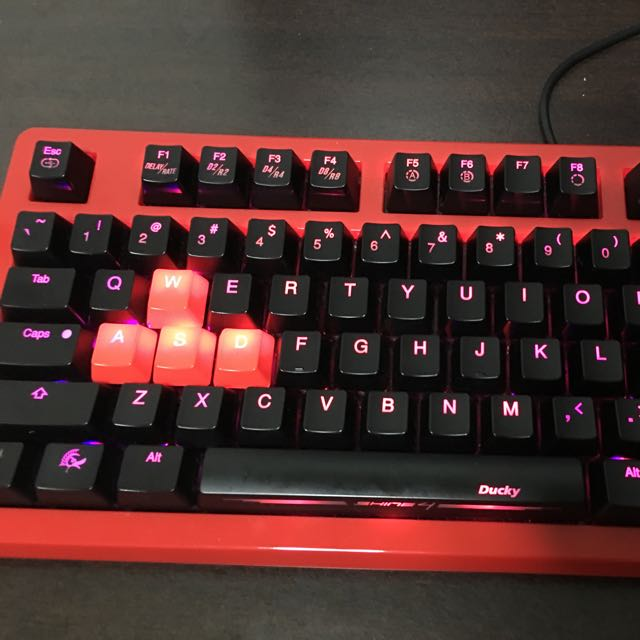 Ducky Shine 4 Red Case Edition [PRICE REDUCED]