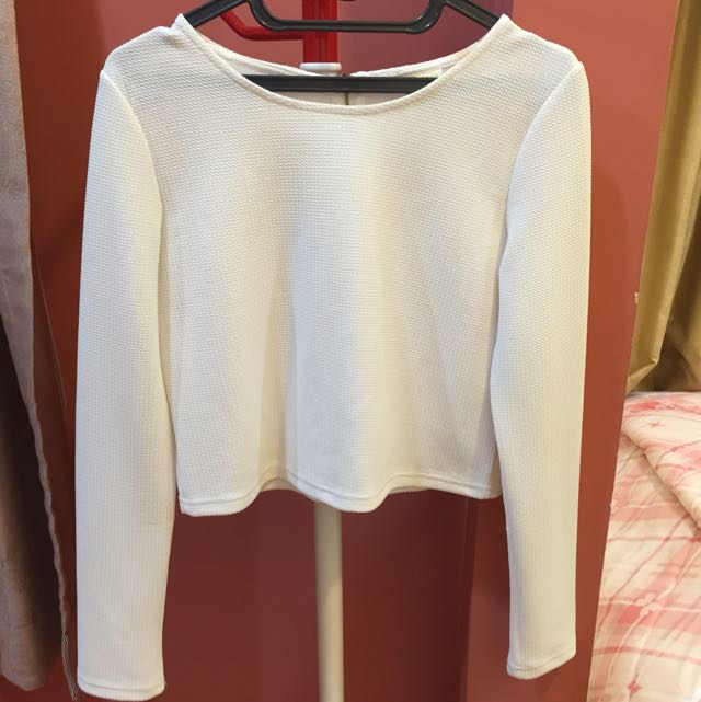 longsleeve crop top
