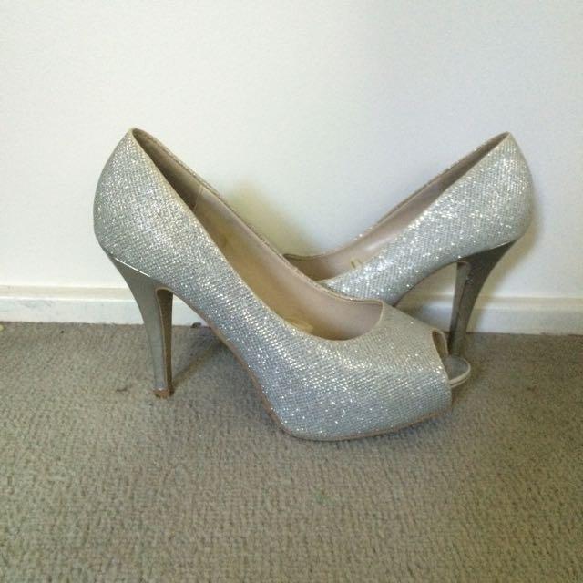 Silver Heels Size 81/2
