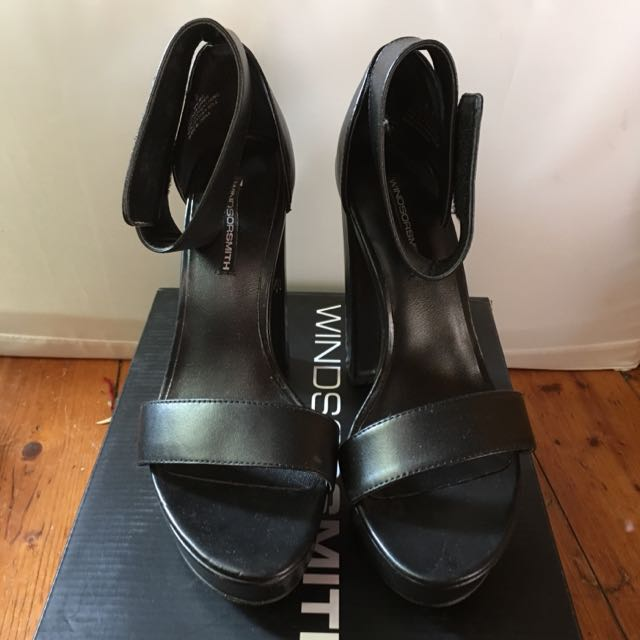 Size 5.5 Heels From Windsor Smith  In Black