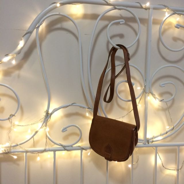 Small Vintage Leather Purse