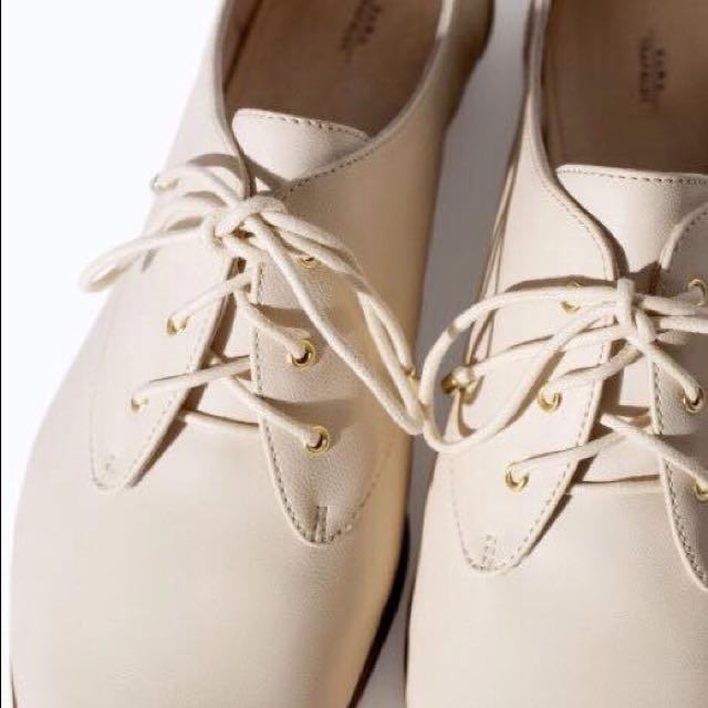 Zara Cream Oxford Shoes