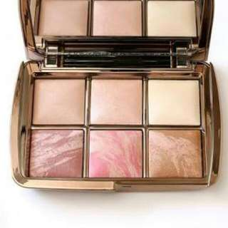 Want To Buy! Edit Ambient Lighting Palette  By Hourglass