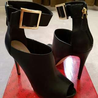 PC-Leather Guess High Heels