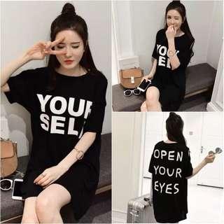 夏季女裝韓版新款寬鬆露肩字母印花上衣時尚破洞中長款T恤裙