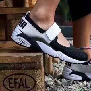 Puma Trinomic Open Sneaker 兩色尺碼36-44 (AJ)