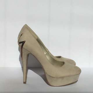 Therapy Beige Suede Pumps
