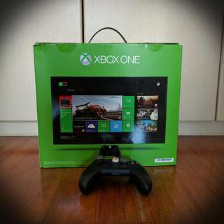 Xbox One Console Day One Edition (500GB)