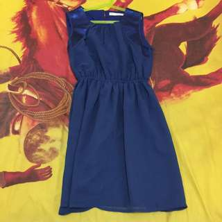Minimal | Blue Dress