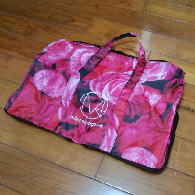 日本攝影師 mika ninagawa(蜷川實花) 紅玫瑰花 可收納式提包 Stowable Bag with Red Roses (by Japanese photographer)