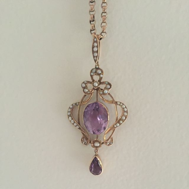 Edwardian/ Victorian Lilac Amethyst with pearl pendant