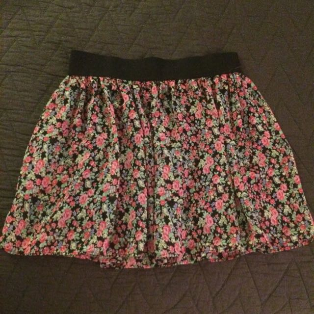 F21 Floral Mini Skirt