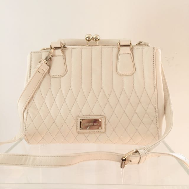 FOREVER NEW Quilted Ivory Crossbody Bag With Detachable Strap