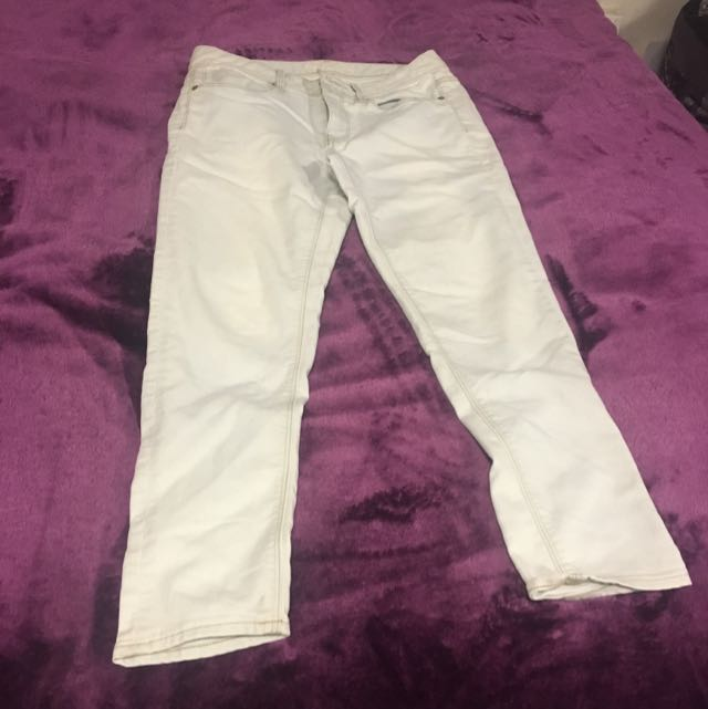Jeanswest Light Blue Skinny Jeans (size 10)