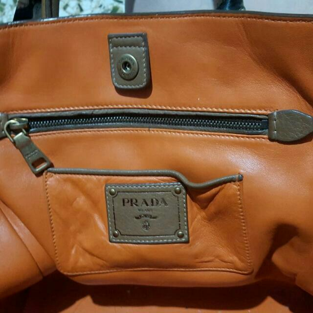 b6f47568df1f Limited Edition prada camel leather tassel fringe large tote, Luxury on  Carousell