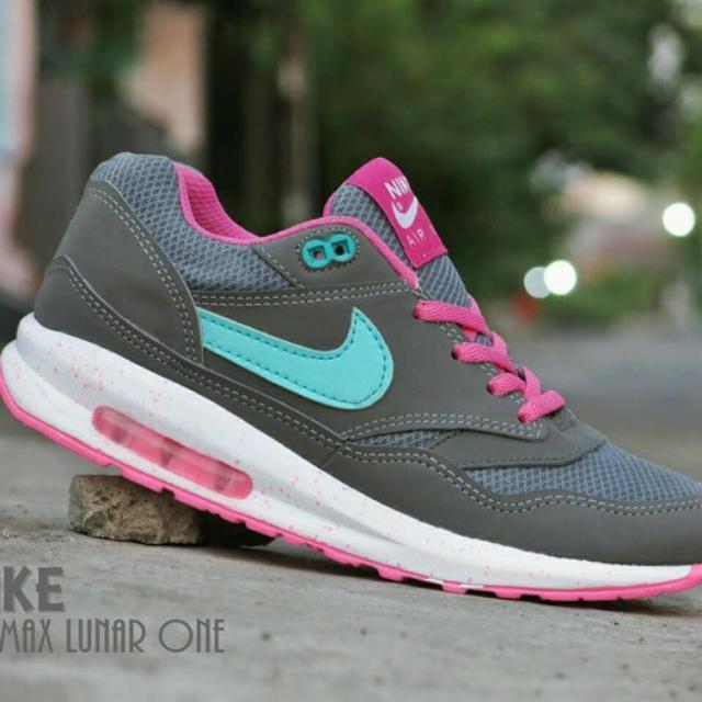 a75e61a5ef Sepatu Nike Airmax Lunar One Women/ Abu2 Tosca/ casual sport, Everything  Else on Carousell