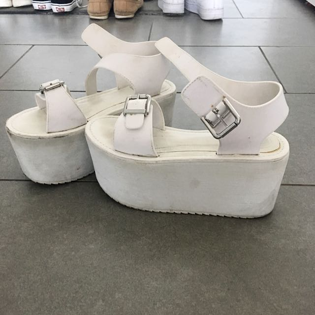 YRU Platform Sandals