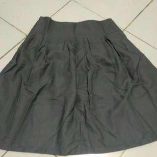 Skirt Abu Abu