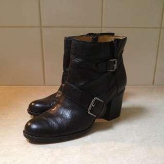 Nine West Boot Size 10M