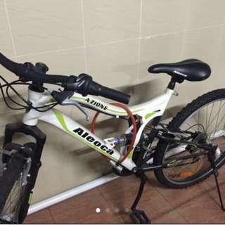 Aleoca Azione Like New Bicycle For Sale!