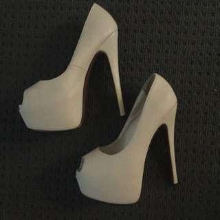 Cream Peep Toe Marco Gianni Heels