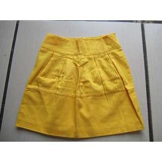 Yellow Skirt Size M