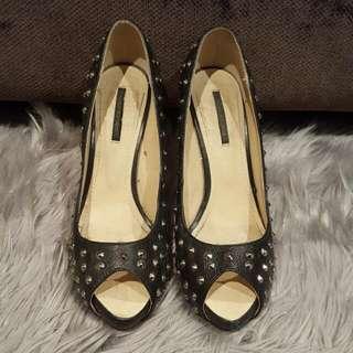 Tony Bianco Peep Toe Heels. Size 8.