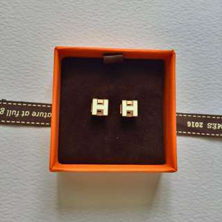 99% New Hermes Earring Always Sold Out In Store Retail Price@650
