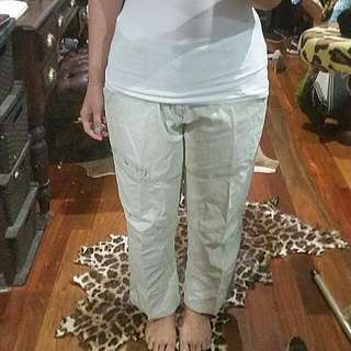 Crocodile Brand Kids Size 18 (Women Size 14)