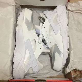 Huaraches Triple White Size 10