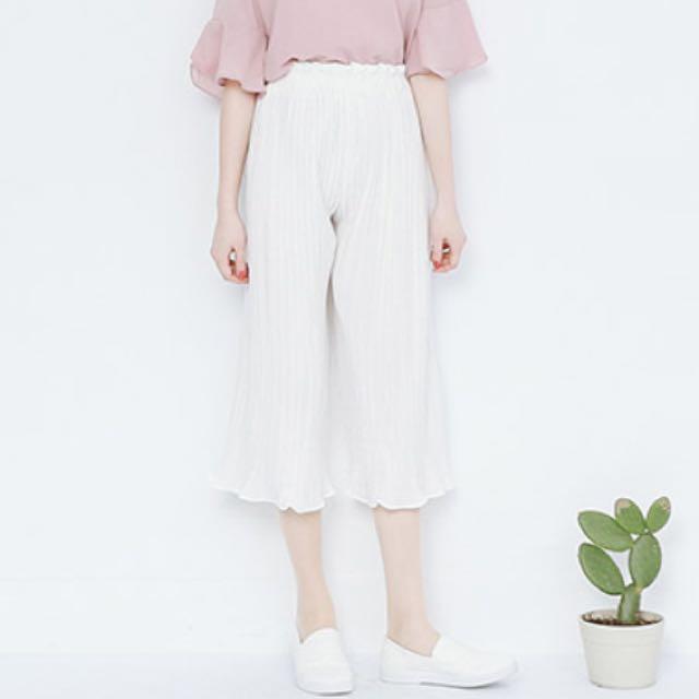 白色 百摺 寬褲