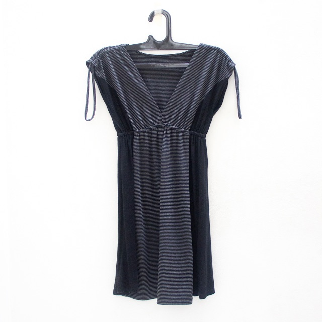V-Neck Dress Abu-Abu